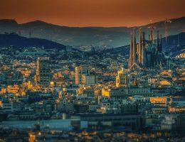 L'Espagne, prêt à vous accueillir pour un court séjour familial.